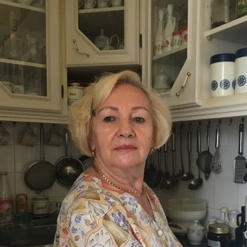 Edit, 78 éves társkereső nő - Székesfehérvár