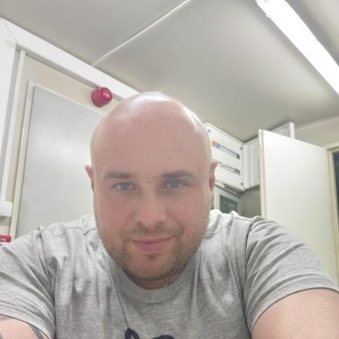 Attila, 31 éves társkereső férfi - Polgár