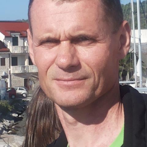 TOMASZ, 50 éves társkereső férfi -