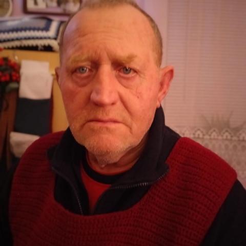Gabor, 67 éves társkereső férfi - Csajág