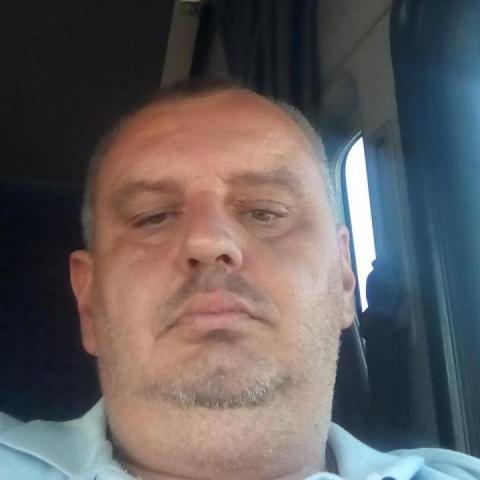 Tamás, 45 éves társkereső férfi - Szabadka