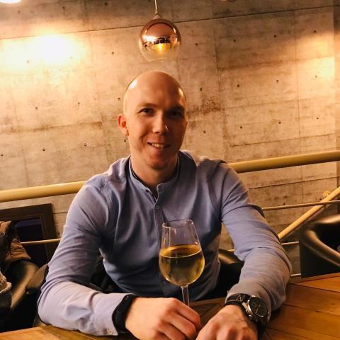 Bence, 30 éves társkereső férfi - Miskolc