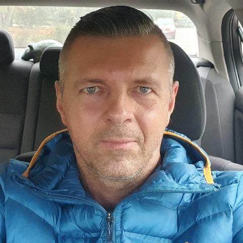 Krisztián, 43 éves társkereső férfi - Budapest