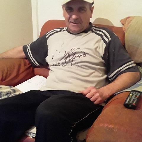 Istvan, 52 éves társkereső férfi - Buják