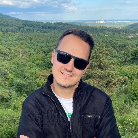 Dávid , 25 éves társkereső férfi - Debrecen