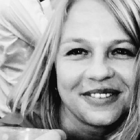 Gréta, 36 éves társkereső nő - Szeged