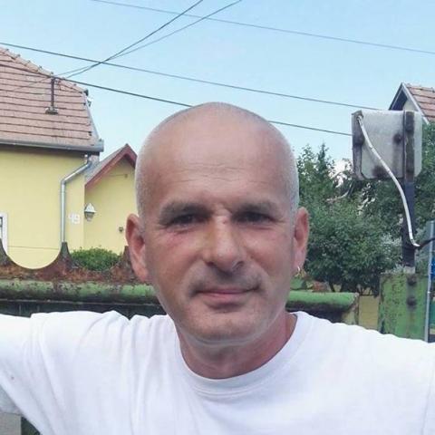 Ottó, 51 éves társkereső férfi - Nagyoroszi
