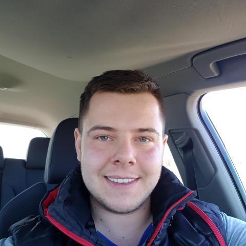 István, 24 éves társkereső férfi - Békéscsaba
