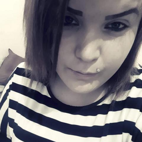 Nikk, 24 éves társkereső nő - Szentes