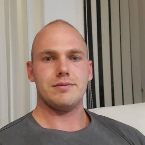 Roland, 30 éves társkereső férfi - Nagykálló