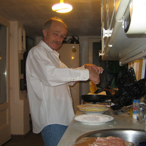 Tibor, 65 éves társkereső férfi - Szelevény