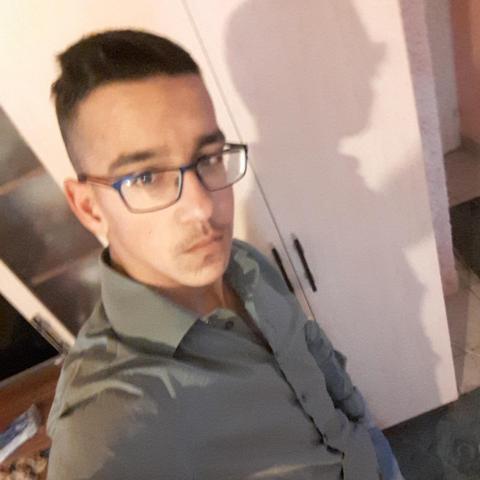 Szabolcs, 23 éves társkereső férfi - Nyíregyháza