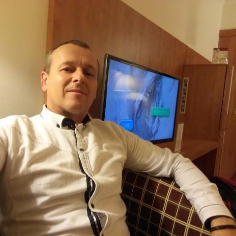 László, 47 éves társkereső férfi - Gyöngyöshalász