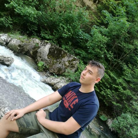 Csaba, 19 éves társkereső férfi - Gyömrő