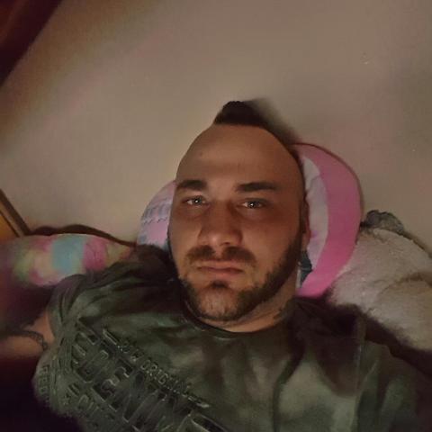 Rozalez, 27 éves társkereső férfi - Miskolc