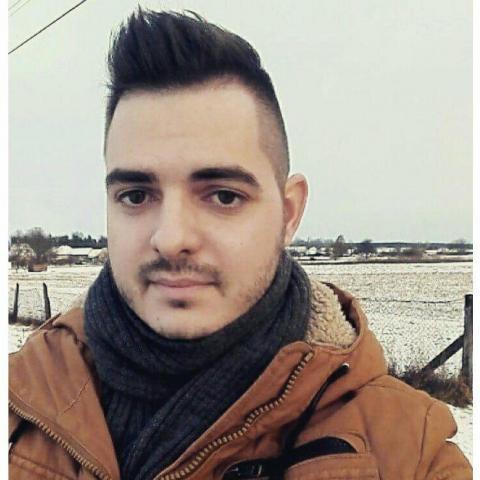 Gyula, 26 éves társkereső férfi - Pécs