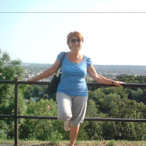 Zsuzsa, 73 éves társkereső nő - Budapest