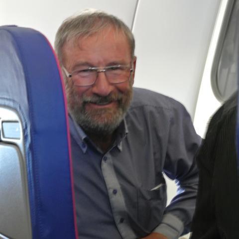 Ákos, 66 éves társkereső férfi - Budapest