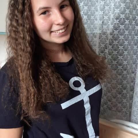 Evelin, 18 éves társkereső nő - Nyíregyháza