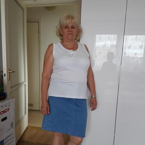 Mària, 61 éves társkereső nő - Budapest