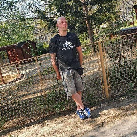 Krisztián, 36 éves társkereső férfi - Pécs