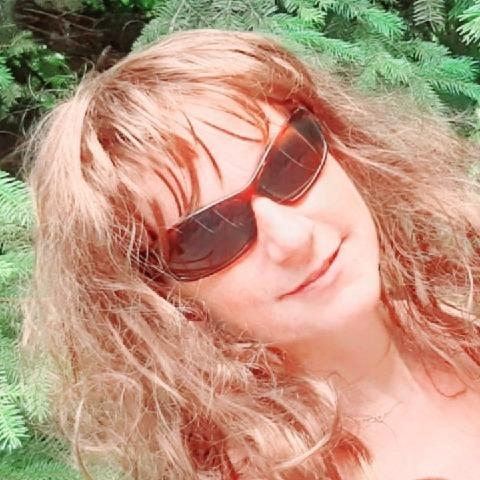 Emese, 40 éves társkereső nő - Solymár