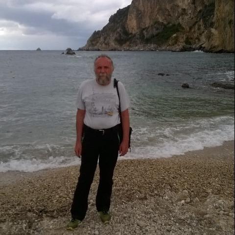 Sandor, 65 éves társkereső férfi - Debrecen