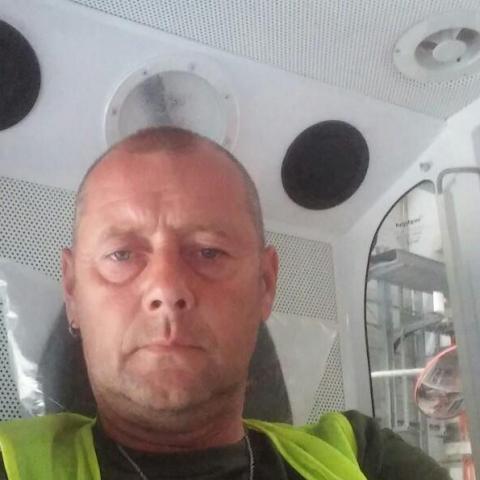 Pál, 52 éves társkereső férfi - Dunaújváros