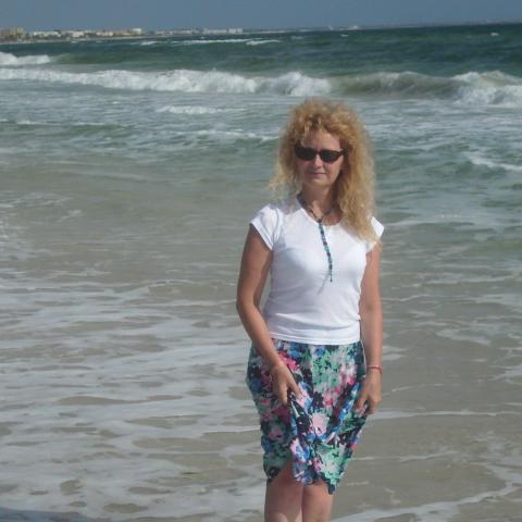 társkereső nő kikiáltó a tengeren)