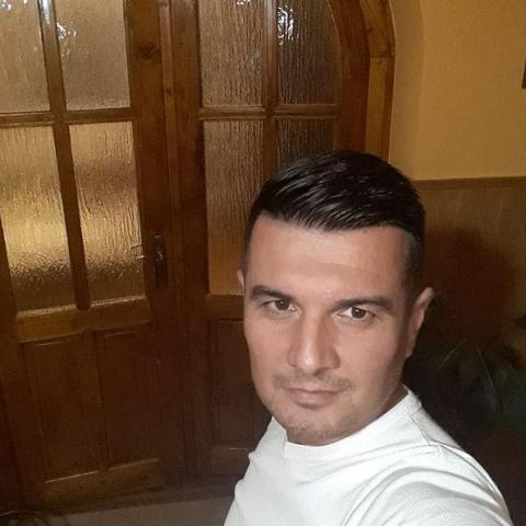 Miki, 36 éves társkereső férfi - Nyíregyháza