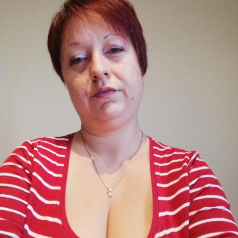 Heni, 38 éves társkereső nő - Pécs