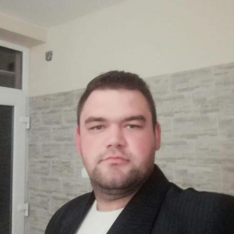 István, 30 éves társkereső férfi - Baracs