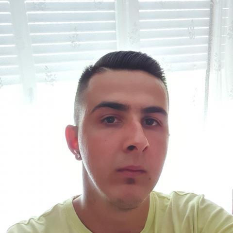 Béci, 28 éves társkereső férfi - ősagárd