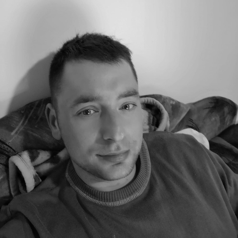 János, 30 éves társkereső férfi - Komádi