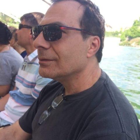 Attila, 52 éves társkereső férfi - Altst.