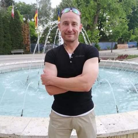 Robert, 42 éves társkereső férfi - Debrecen