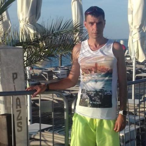 Zoli, 39 éves társkereső férfi - Miskolc