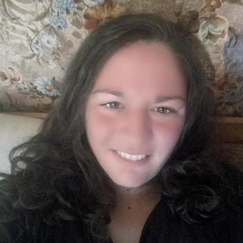 Izolda, 25 éves társkereső nő - Salgótarján