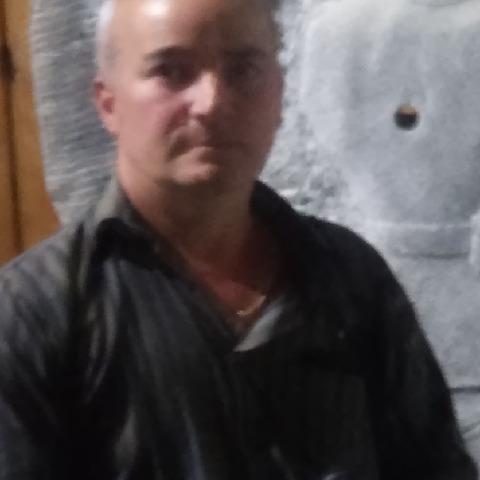 Gábor, 49 éves társkereső férfi - Nyíregyháza