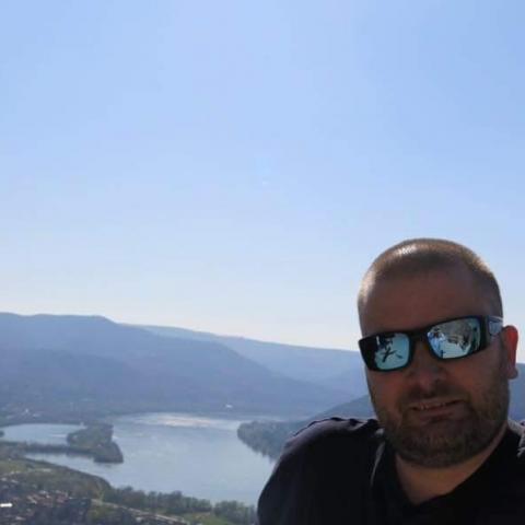 Gergő, 37 éves társkereső férfi - Nyíregyháza