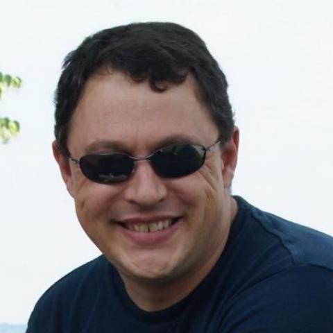 Zoltan, 50 éves társkereső férfi -