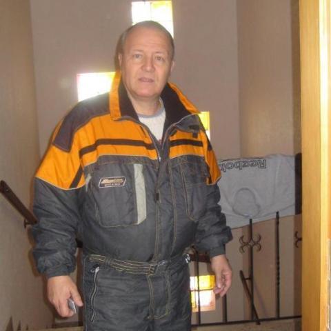 Andras, 69 éves társkereső férfi - Jiangmen