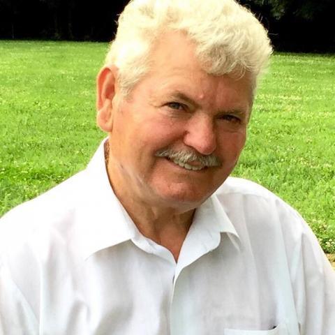 Janos, 73 éves társkereső férfi - Budapest