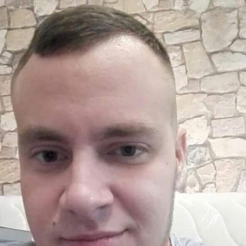 Lovász, 28 éves társkereső férfi - Miskolc