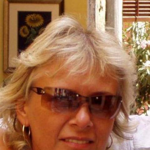 Franciska, 63 éves társkereső nő - Budapest