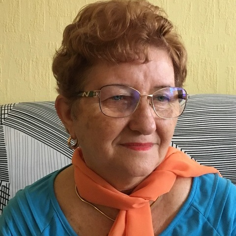 Ibolya, 73 éves társkereső nő - Debrecen