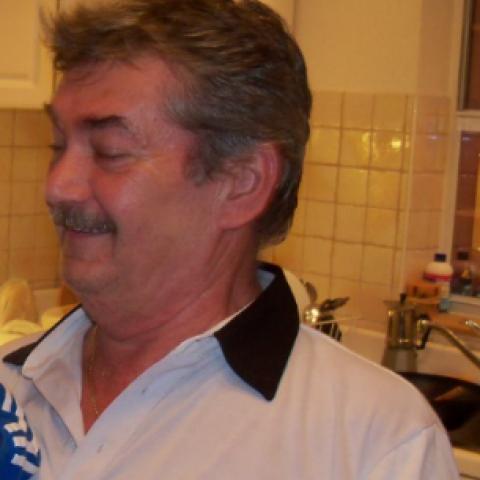 Julius, 70 éves társkereső férfi - Balatonalmádi