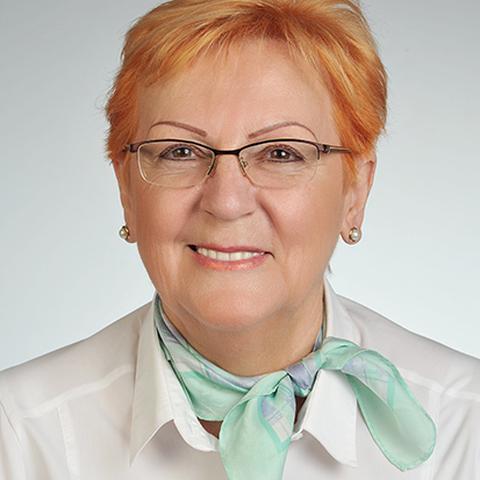 Gizella, 71 éves társkereső nő - Szolnok
