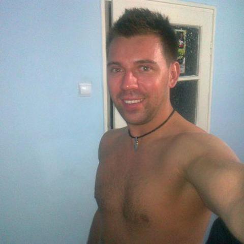 Péter, 26 éves társkereső férfi - Gödöllő