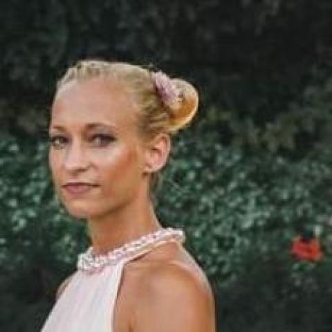 Viki, 31 éves társkereső nő - Kecskemét